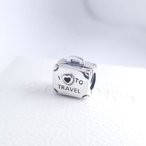 Pandora I love to travel Suitcase Global Charm